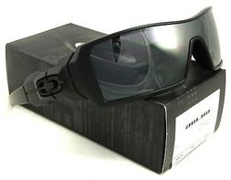 Oakley Men's Oil Rig Iridium Sunglasses,Matte Black Frame/Bl