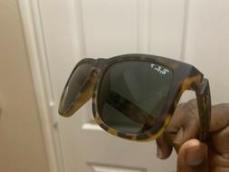 Ray Ban Black Justin Sunglasses with Brown Gradient POLARIZE