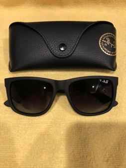 Ray-Ban RB4165 Justin Classic Sunglasses Polarized Matte Bla